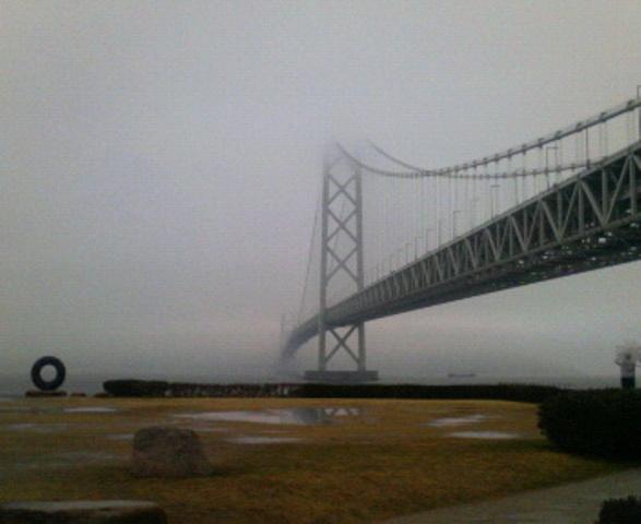 130218明石海峡大橋02