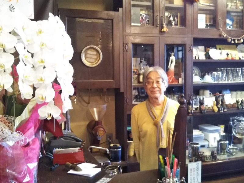 文化発信の老舗喫茶店「茶房 伽藍洞」が40周年!!  日向